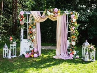 Trends Und Inspirationen Fur Eine Sommerhochzeit Hochzeitskiste