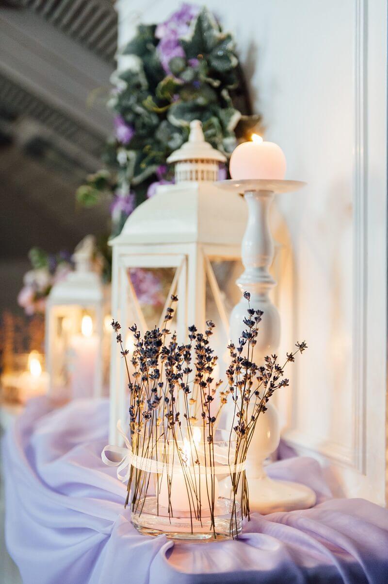 Lavendel Hochzeitsdeko, Lichterdeko Hochzeit