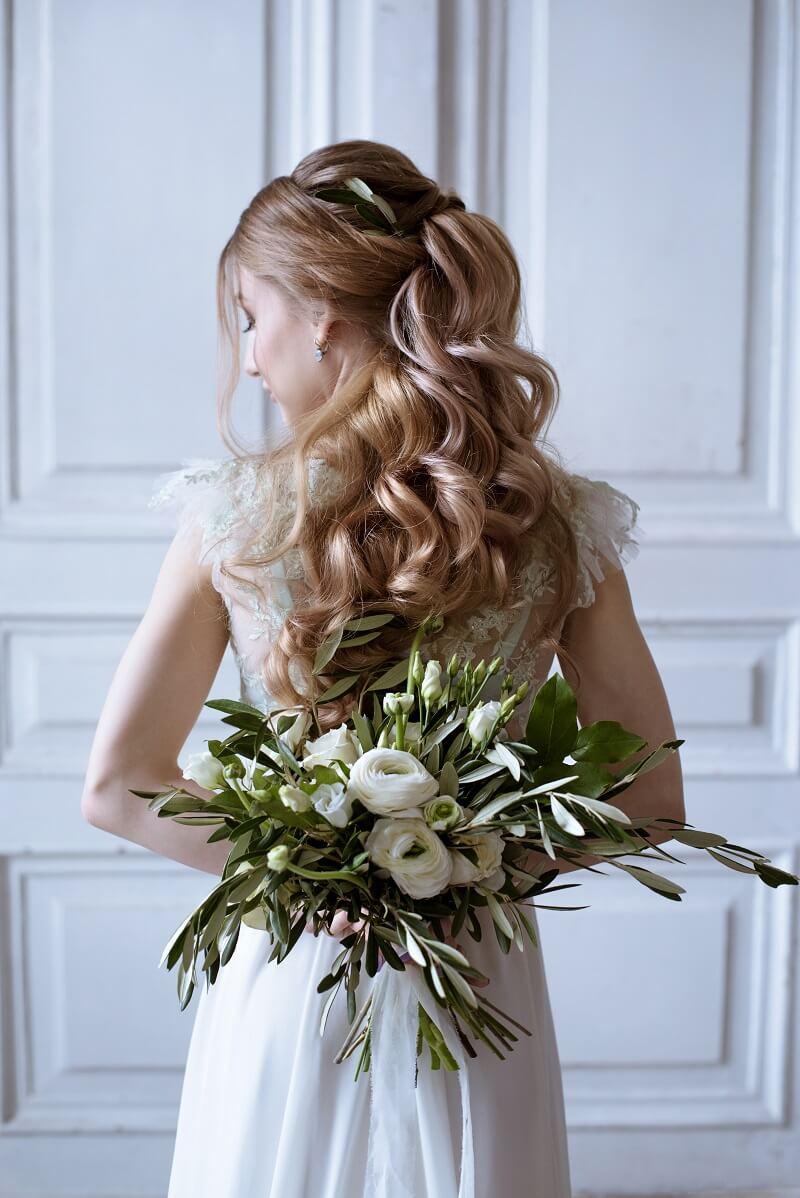 Brautstrauß grün weiß, Hochzeit Oliven