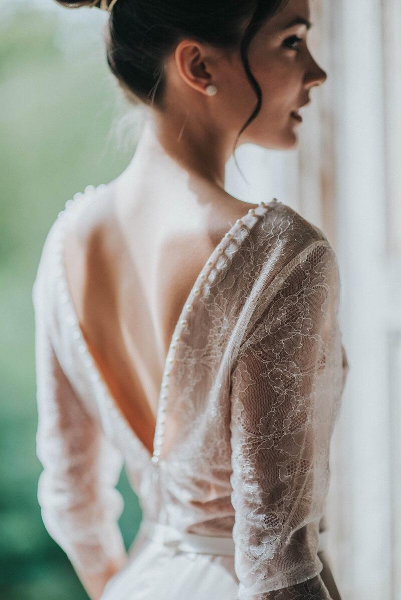 Brautkleider Trends, Hochzeitskleider, Brauttypen, feine Brautkleider, Brautmode, Brautkleid Spitze, Brautkleid Ärmel, Brautkleid feiner Tüll