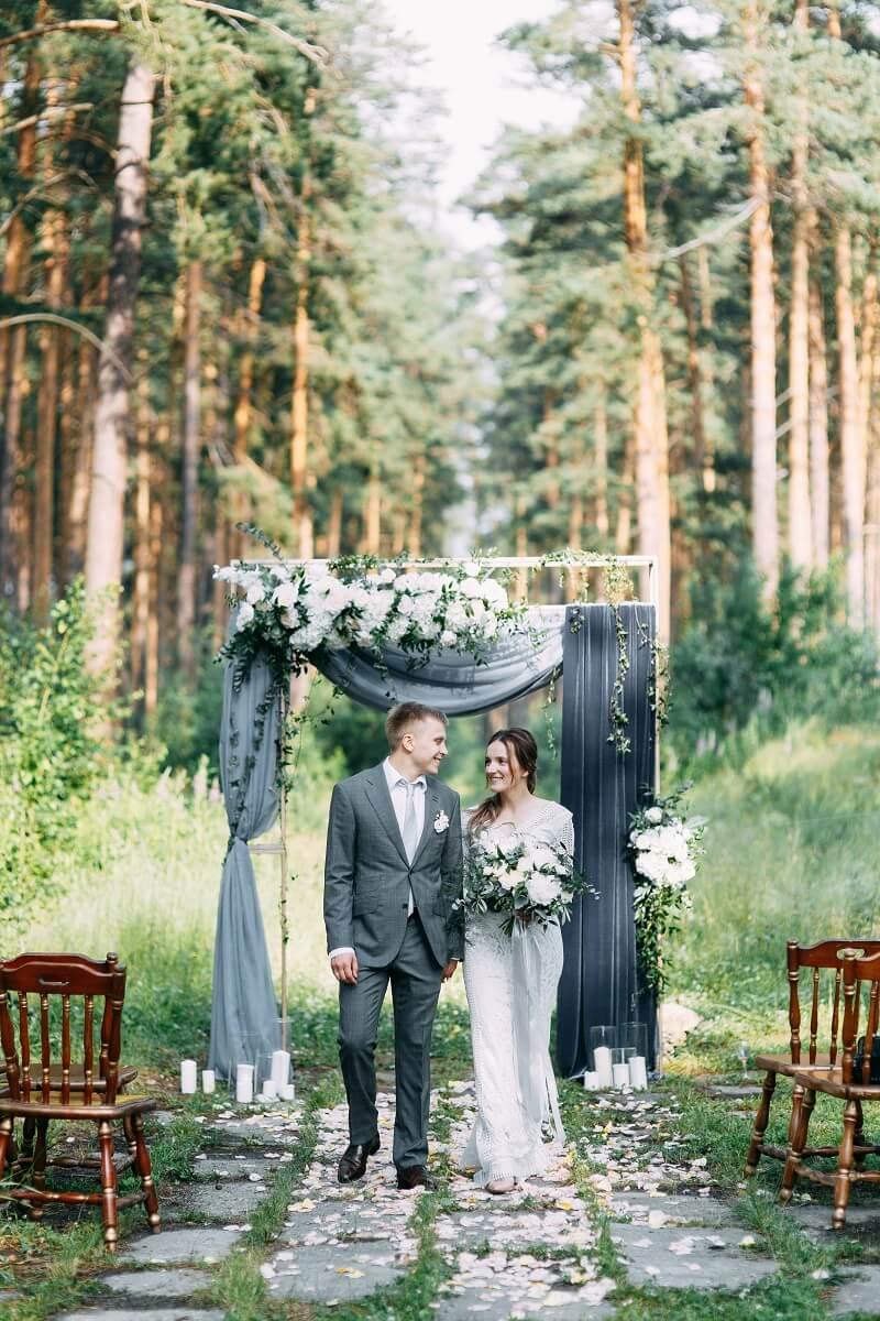 Hochzeit im Wald, Trauung Deko, Hochzeit draußen