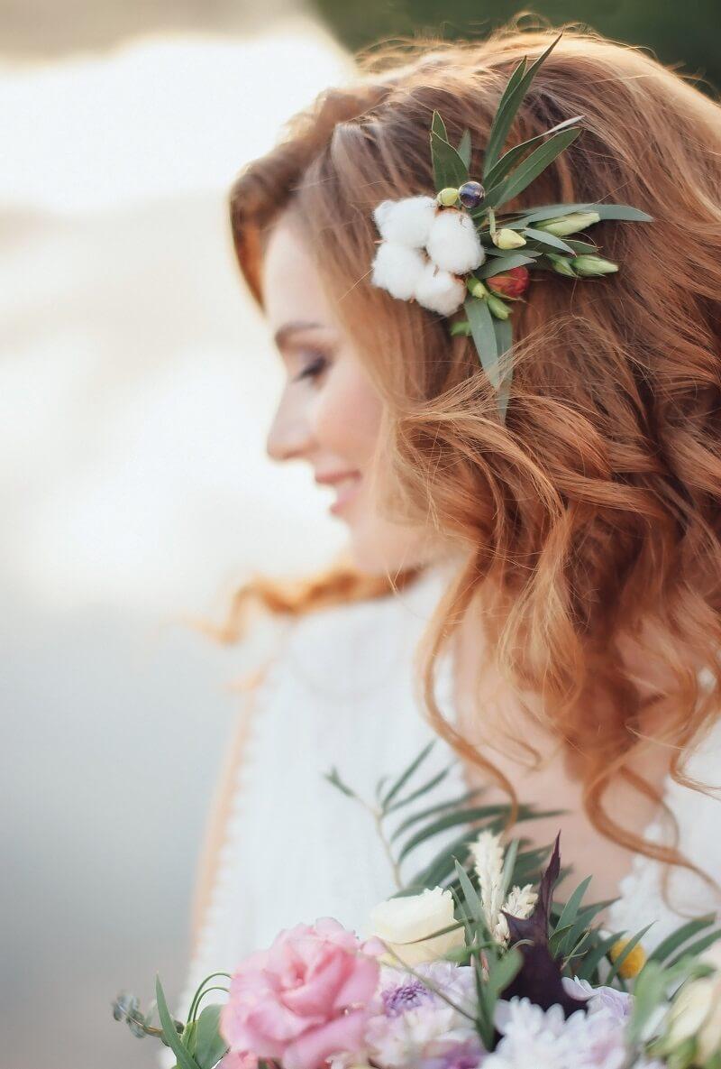 Haarblumen Braut