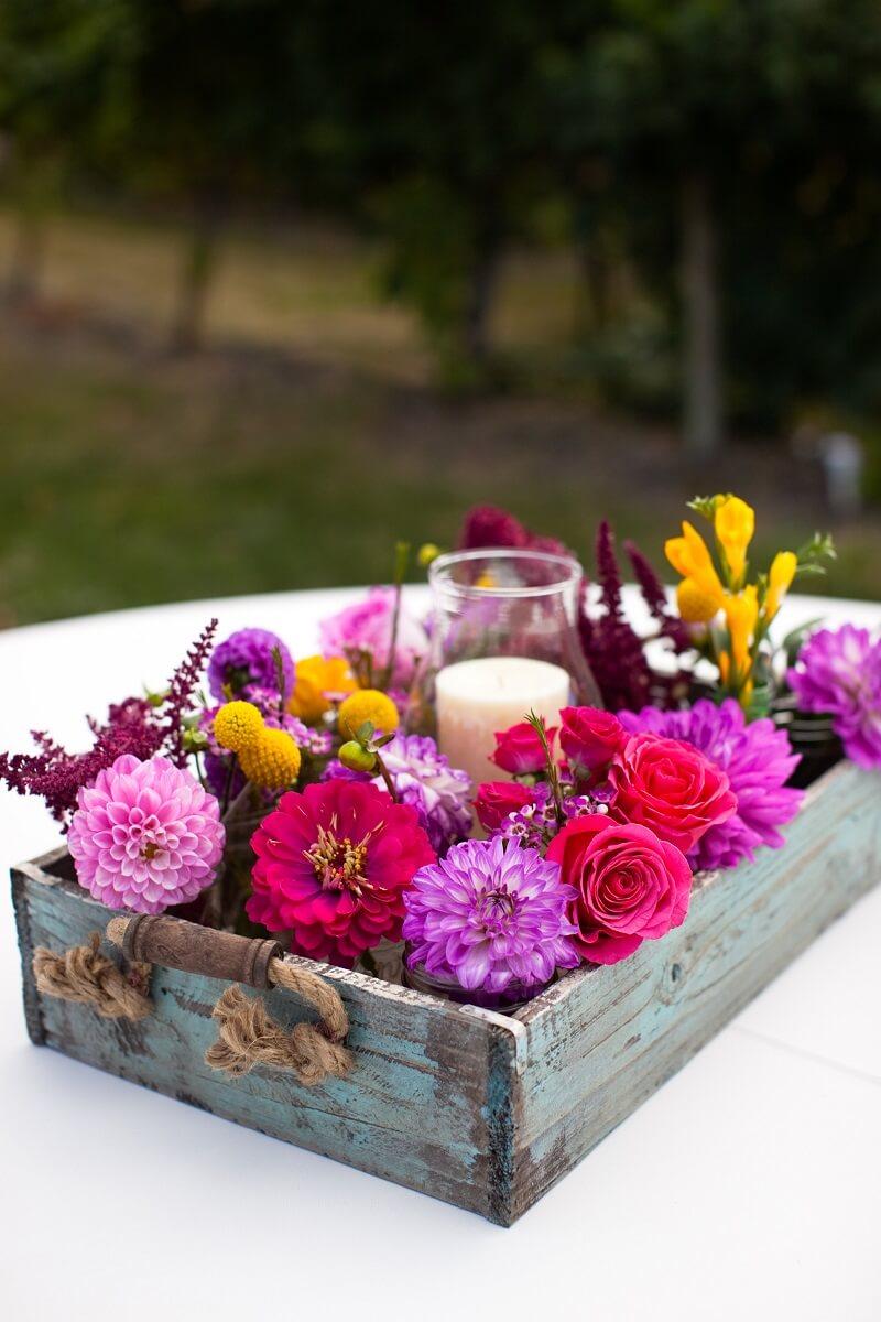 Blumendeko originell, Tischdeko Hochzeit pink