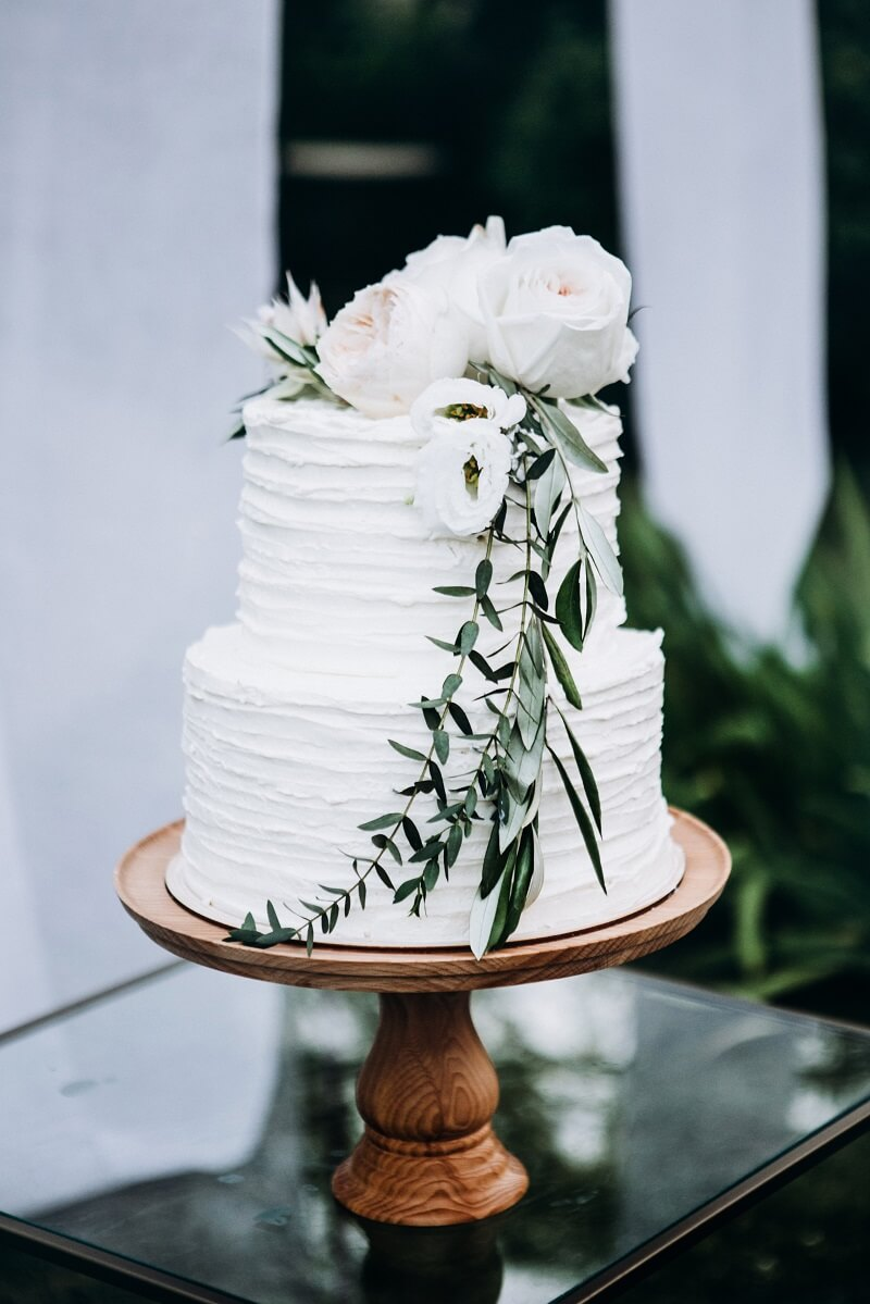 Hochzeitstorte weiß