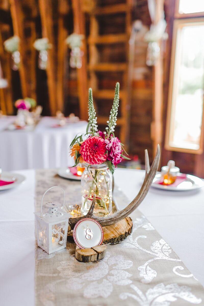 Tischdeko rustikal Fuchsia