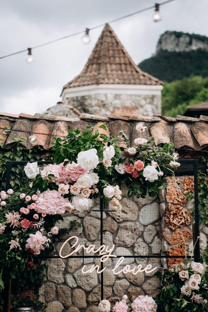 Hochzeitsdeko Blumen rosa