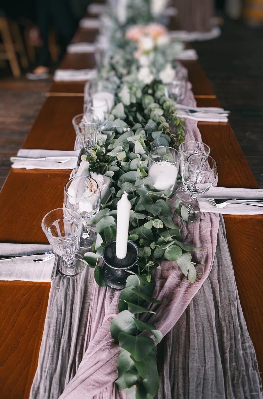 Hochzeit Tischläufer Deko lila