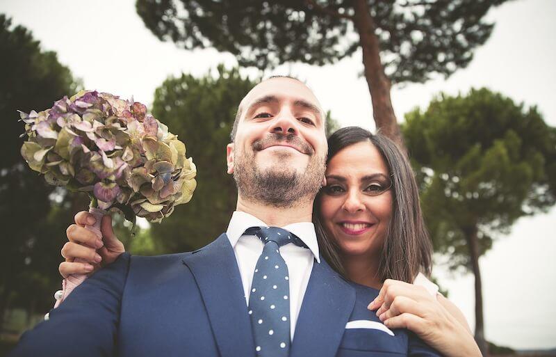 Selfie Braut und Bräutigam