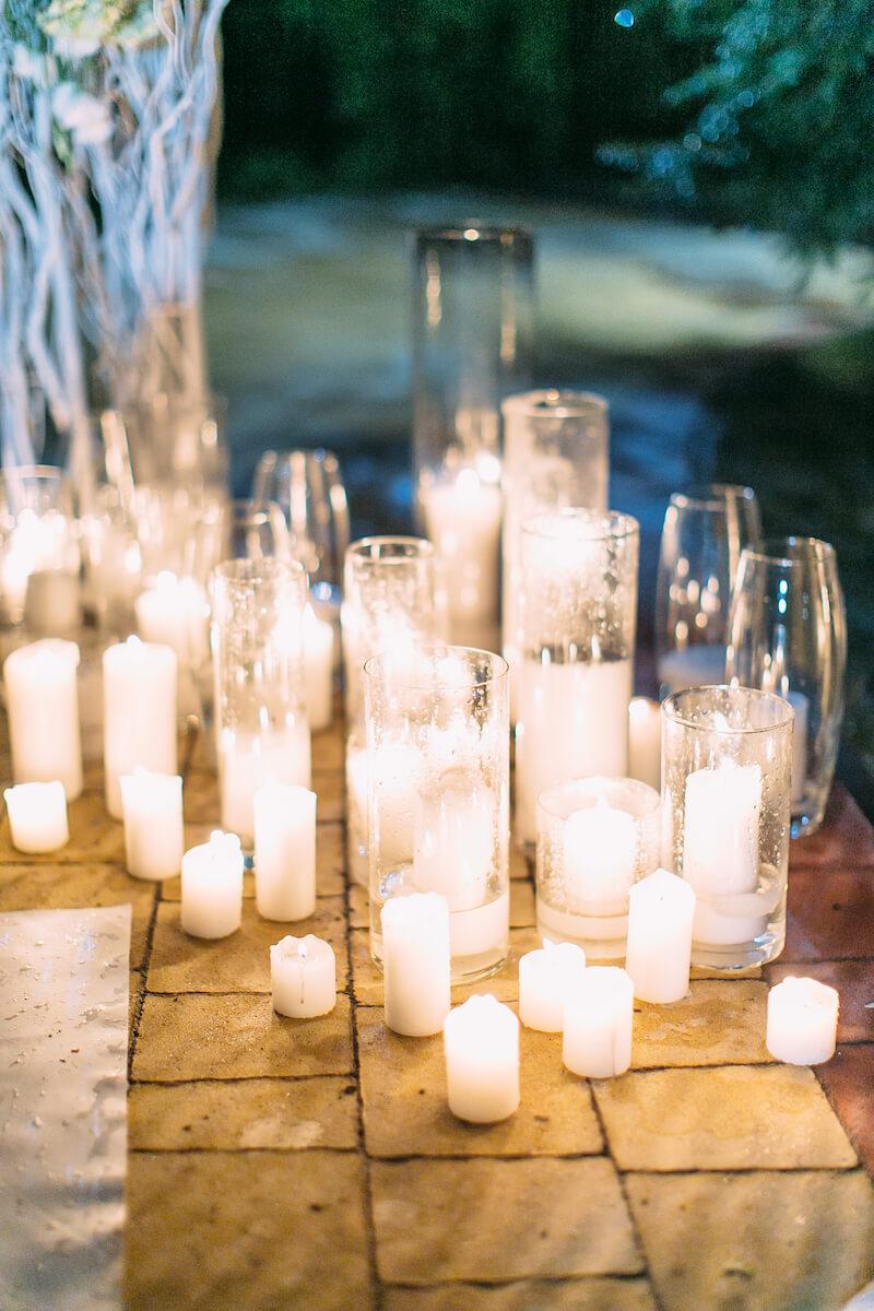 Hochzeitsdeko mit Kerzen