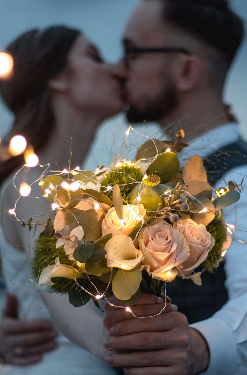 Brautstrauß Idee mit Lichterkette
