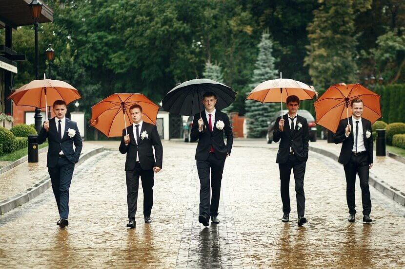 regenschirm hochzeit, hochzeitsfotos schirm, hochzeit im regen