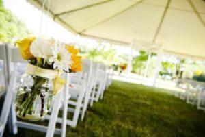 Deko Sommerhochzeit, Blumendeko Hochzeit