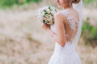 Hochzeit günstig planen, Spartipps Hochzeit, Hochzeit Kosten Brautkleid