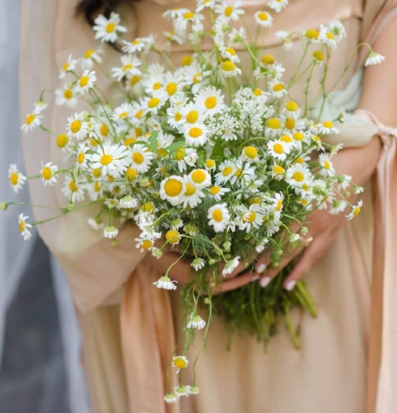 Hochzeit in Gelb, Hochzeitsdeko gelb, Hochzeitsblumen gelb, Brautstrauß gelb