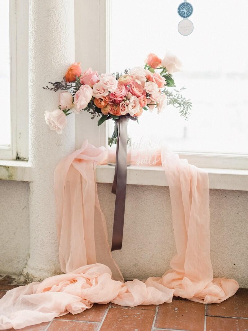 Apricot Brautstrauß mit Rosen