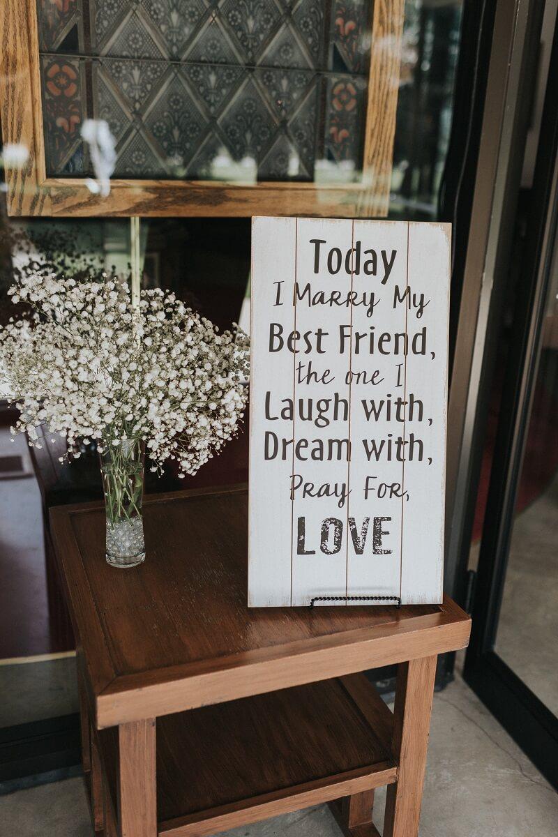 romantischer Hochzeitsspruch Schild