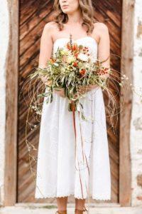Brautstrauß Wildblumen, Brautinspiration in Naturtönen