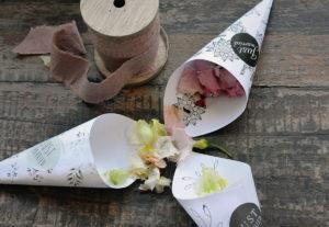 Blumentkonfetti-Tütchen