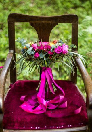 Brautstrauß fuchsia pink
