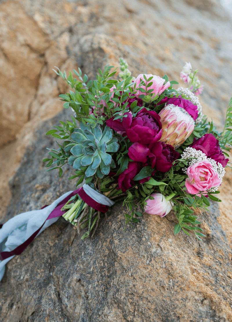 Brautstrauß Beerentöne Fuchsia Magenta