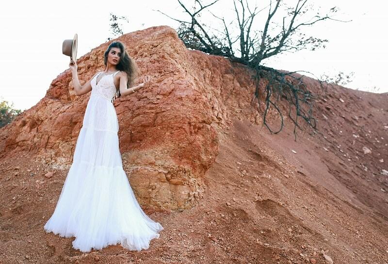 Boho Brautkleid mit feinem Tüll