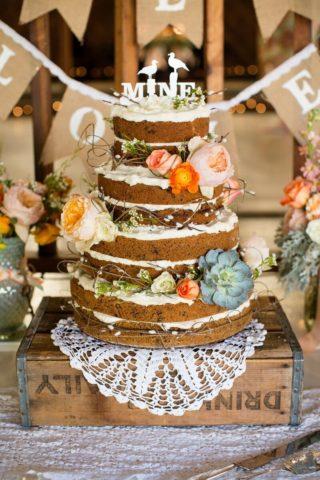 Hochzeitstorte Naked Cake mit Blumen, Hochzeitstorte Vintage