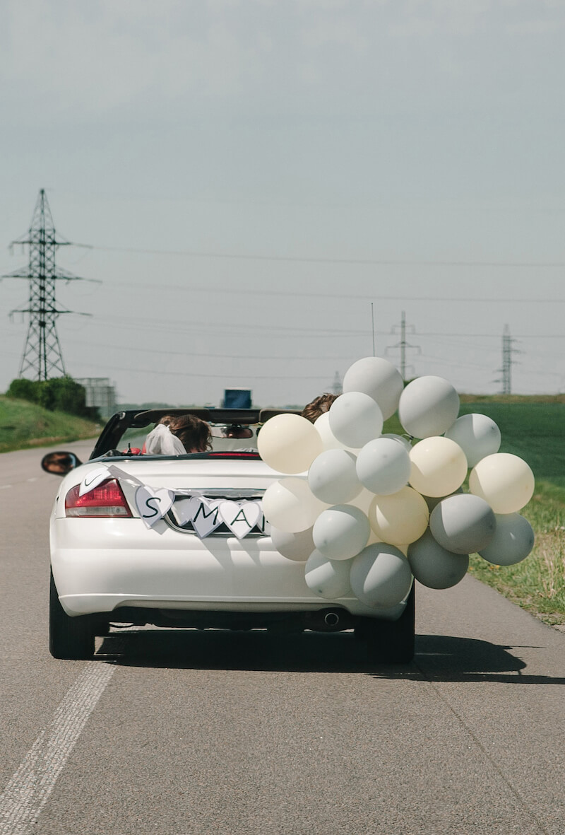 Ballons Hochzeitsauto