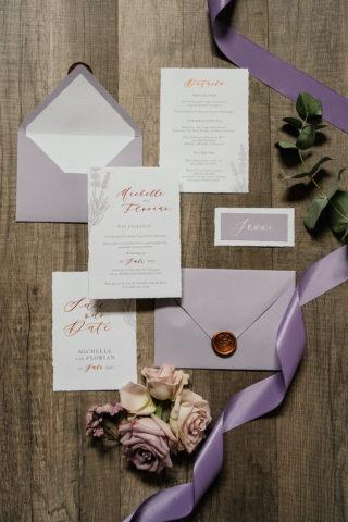 Hochzeitskarten Lila