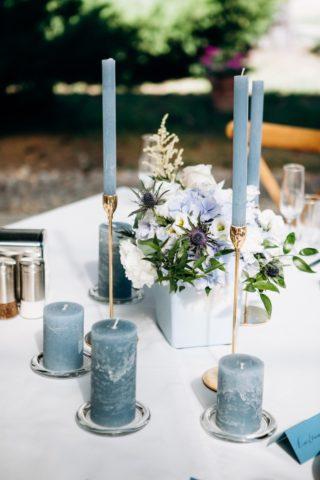 Tischdeko Hochzeit hellblau