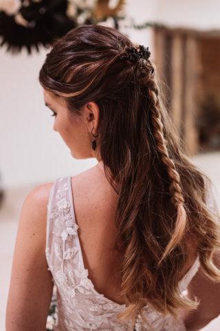 Brautfrisur geflochten Elegant Rustic Wedding