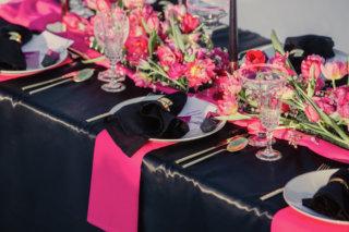 Edgy meets Pink: Rockige Hochzeit - Tischdeko