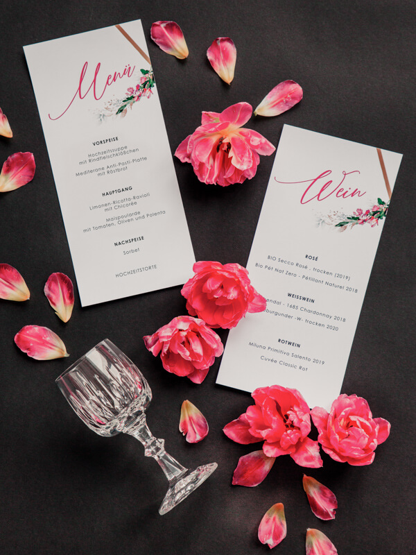 Edgy meets Pink: Rockige Hochzeit - Menükarte