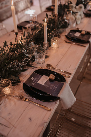 Elegant rustikale Hochzeit - Greenery Tischdeko
