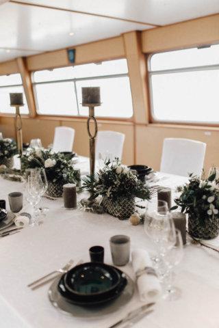 Hochzeit auf einem Schiff - Hochzeitstafel