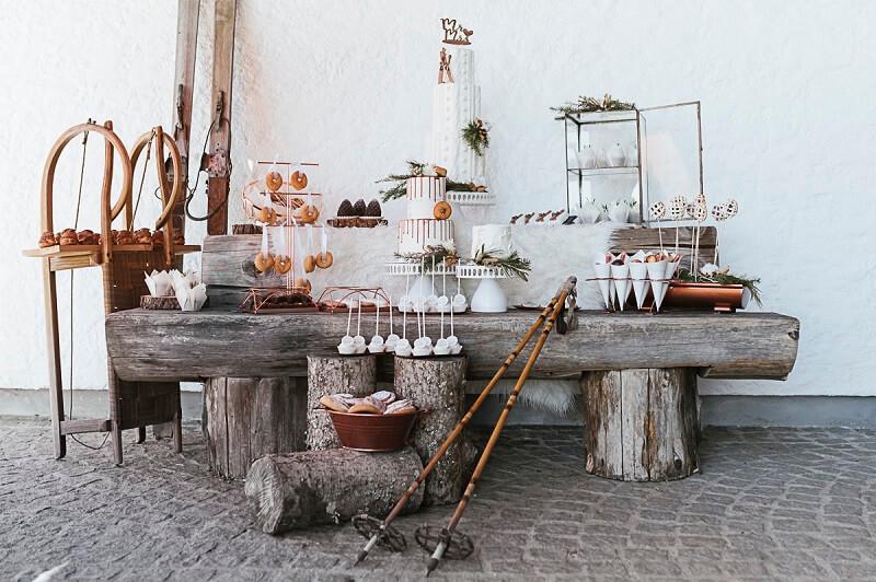 Hochzeit in den Bergen: Winterlicher Sweet Table