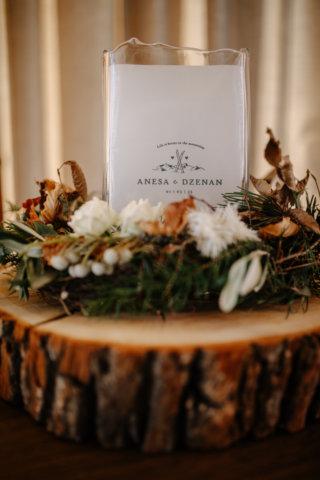 Hochzeit in den Bergen: Winterliche Floristik mit Latschenkiefer