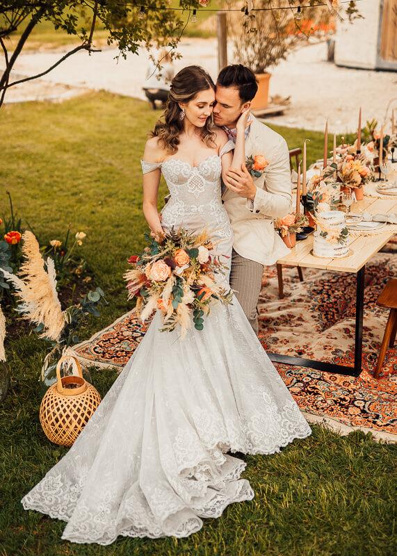 Rustic Boho meets Spring Vibes - Brautpaar