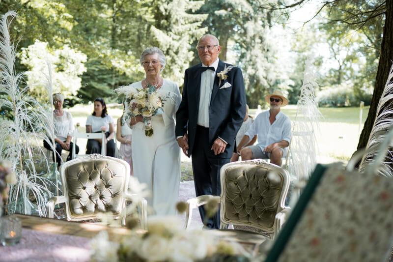 Eheversprechen erneuern - Einzug des Brautpaares